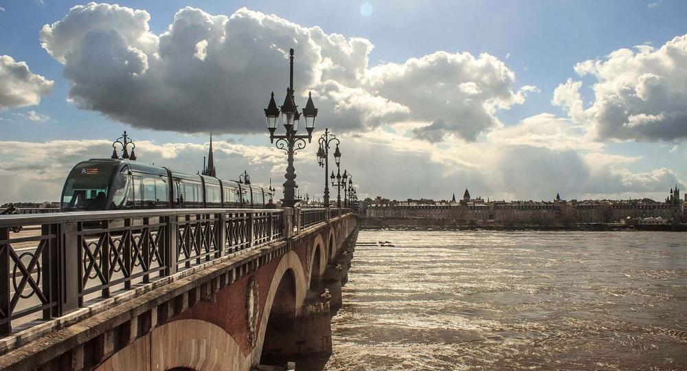 21 - Organisation séminaire Bordeaux