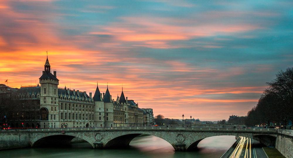 33 - Organisation séminaire Paris