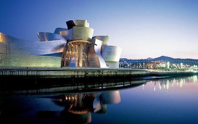 Museo_Guggenheim_Bilbao_(Guggenheim_Museum_in_Bilbao)_(6937383633)