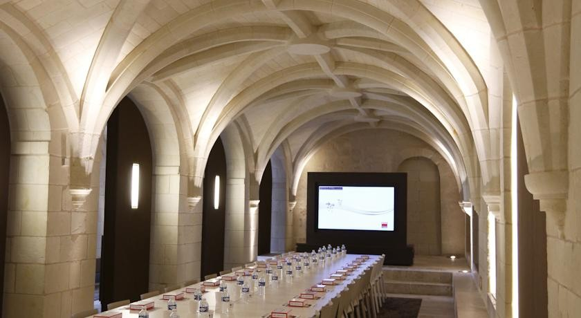 abbaye-royale-fontevraud-49-salle-de-reunion-2