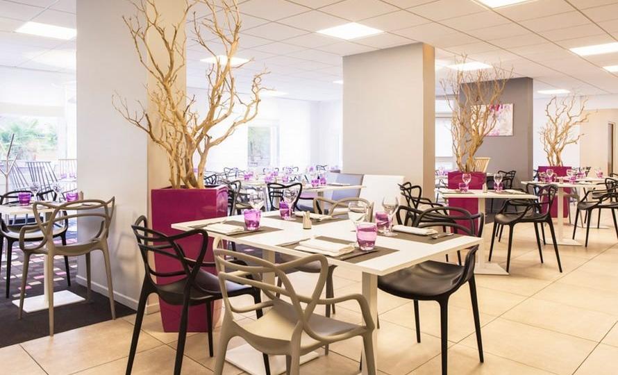 hotel_novotel_fontainebleau_ury_restaurant