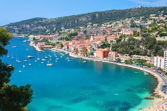 plage-villefranche-mer-mediterannee-france