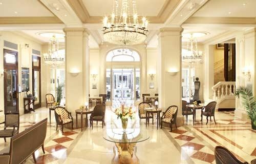 5315_Hotel_California_Champs_Elysees