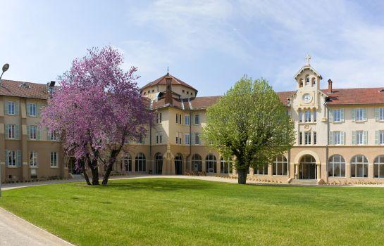 Domaine_Lyon_Saint_Joseph-Sainte-Foy-les-Lyon-Hotel_outdoor_area-1-659460