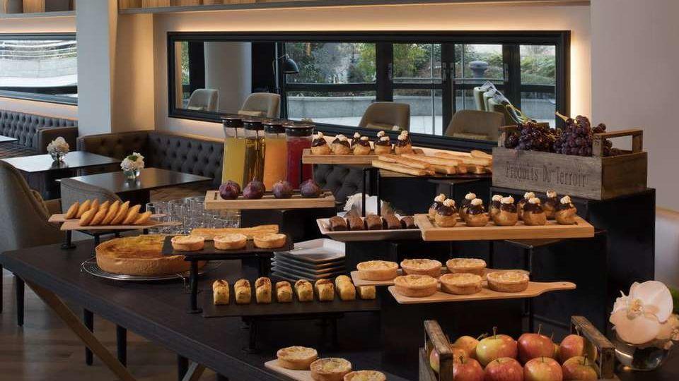 renaissance-paris-la-defense-hotel-a-marriott-luxury-lifestyle-hotel-puteaux-005-04278-960x600