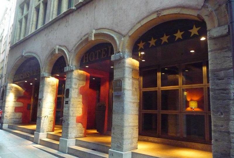 hotel_de_la_cour_des_loges