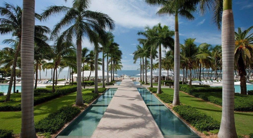 p-Casa-Marina-Path-to-Water-PR-photo-reduced_54_990x660