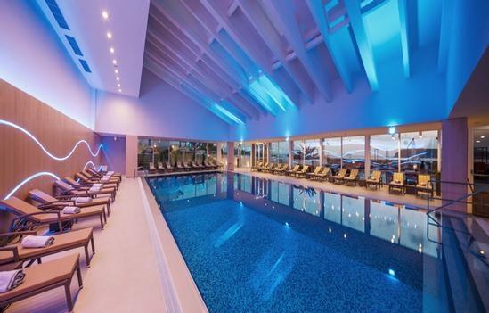 Indoor Pool_redimensionner