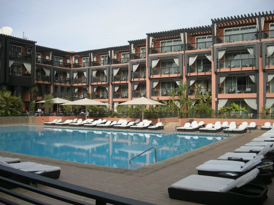 hotel-ryads-naoura-barriere