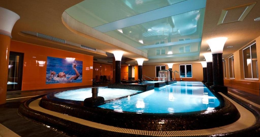 hotelwellamarinjumptohungary38