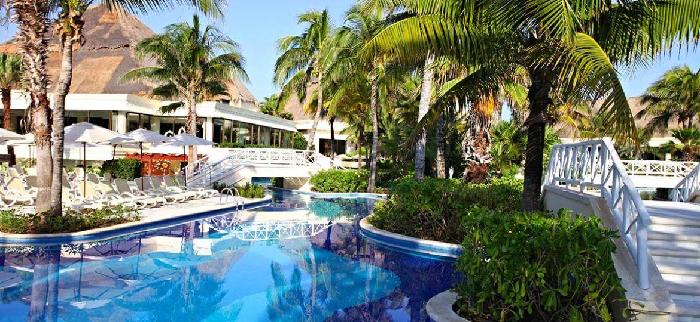mexsjlux-luxury-bahia-principe-akumal-partir-en-vacances-piscine-palmier-mexique-tui
